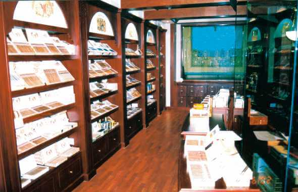 Buying cigarettes Superkings from wholesalers